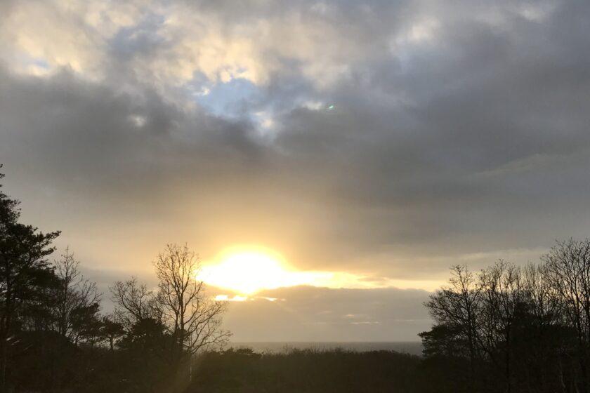 Solnedgång på årets kortaste dag